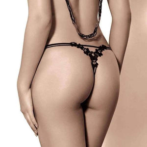 Woman with a great ass in a tiny g string