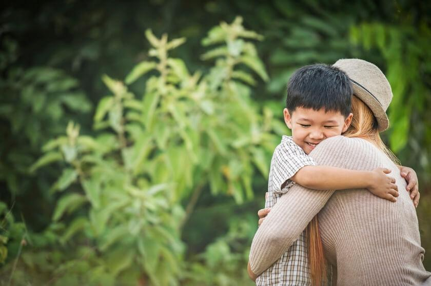 Effective Ways to Raise a Grateful Child