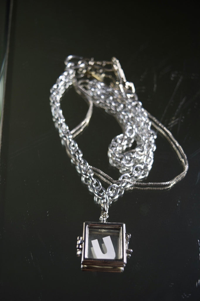 "THE ""MEMENTO""CHAIN 
