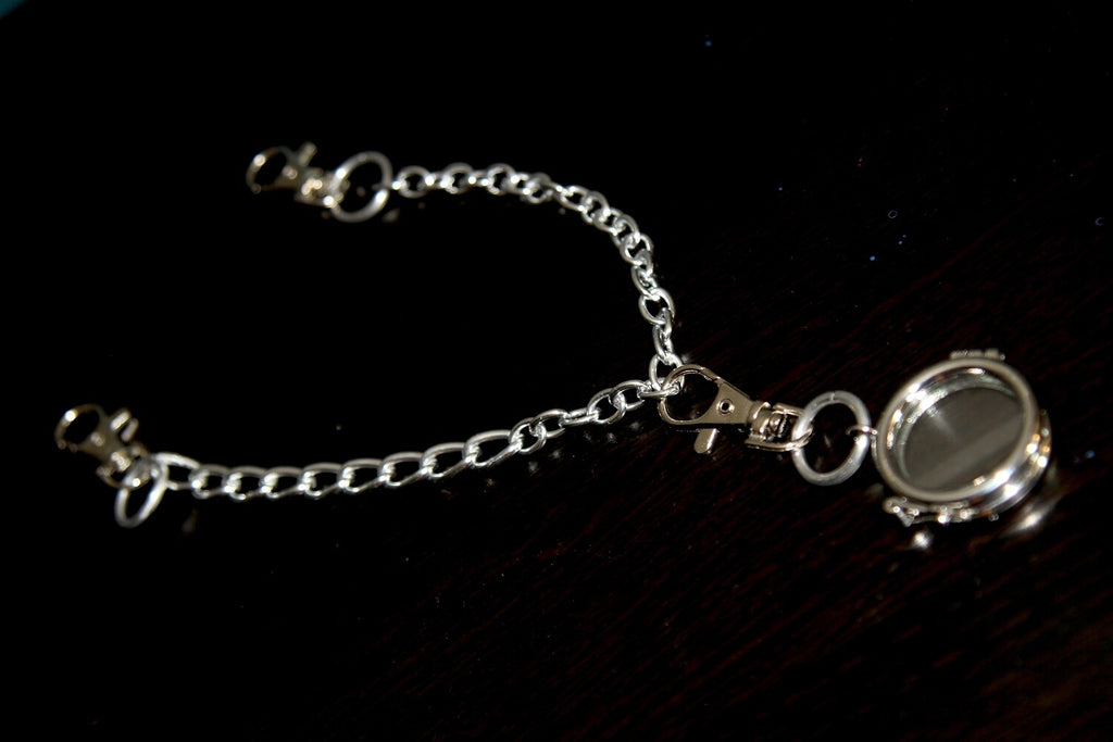 "THE ""CHOKER MEMENTO"" CHAIN"
