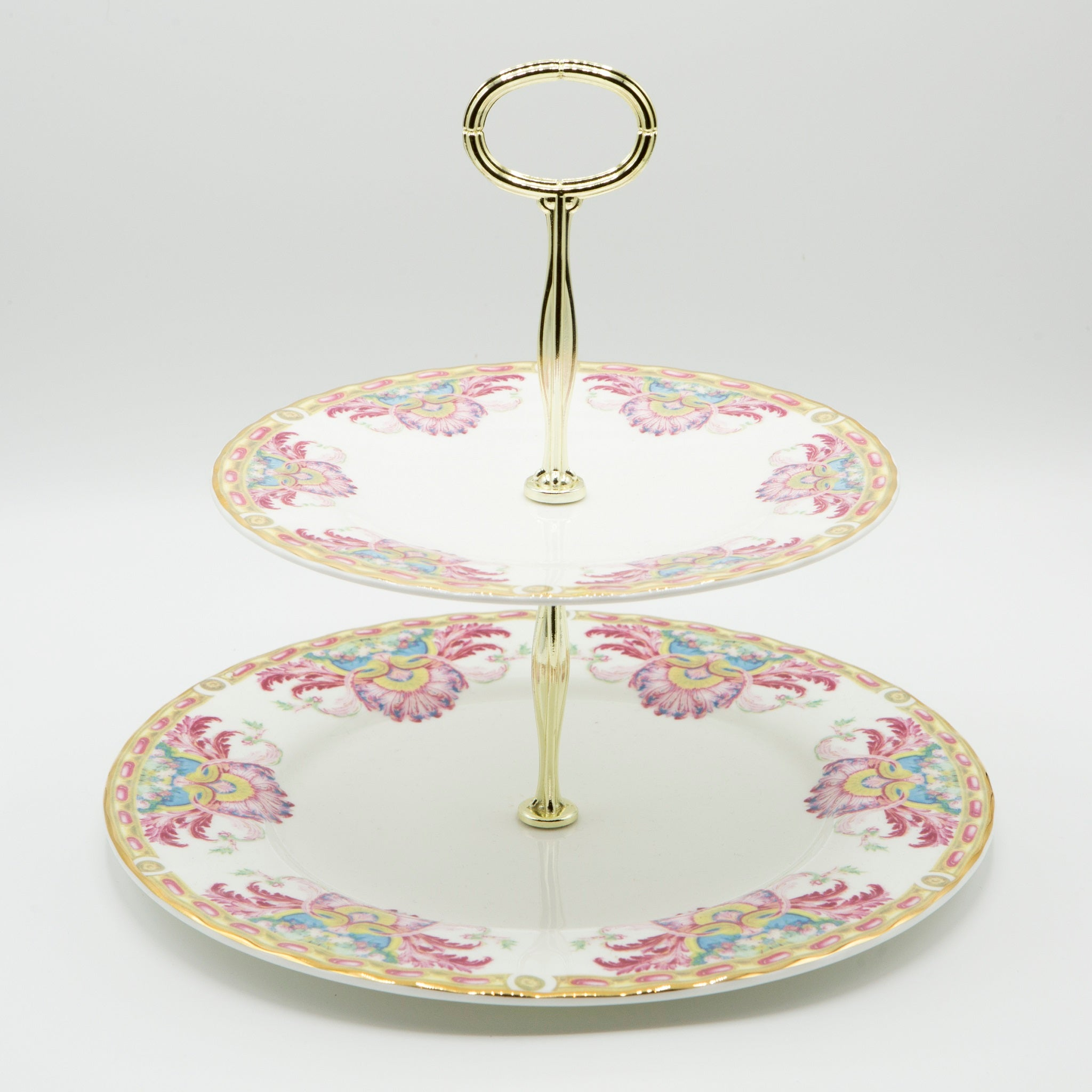 Grand Cabinet Cake Stand