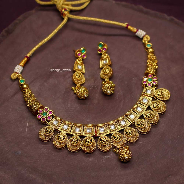 Antique Finish Kundan Necklace