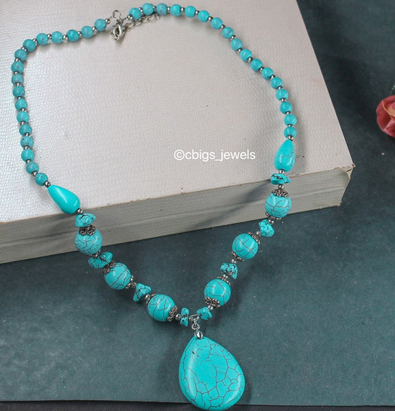 Precious Turquoise Necklace with Pendant