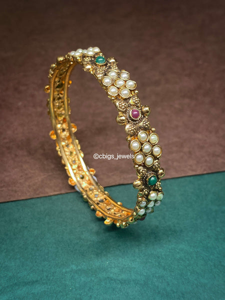 Antique Oxidized Bangle with Pearls