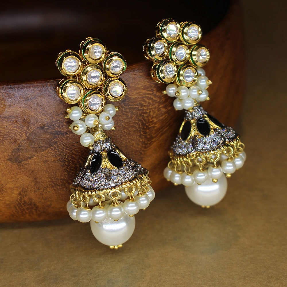 Designer Kundan Earrings with Black Onyx stones