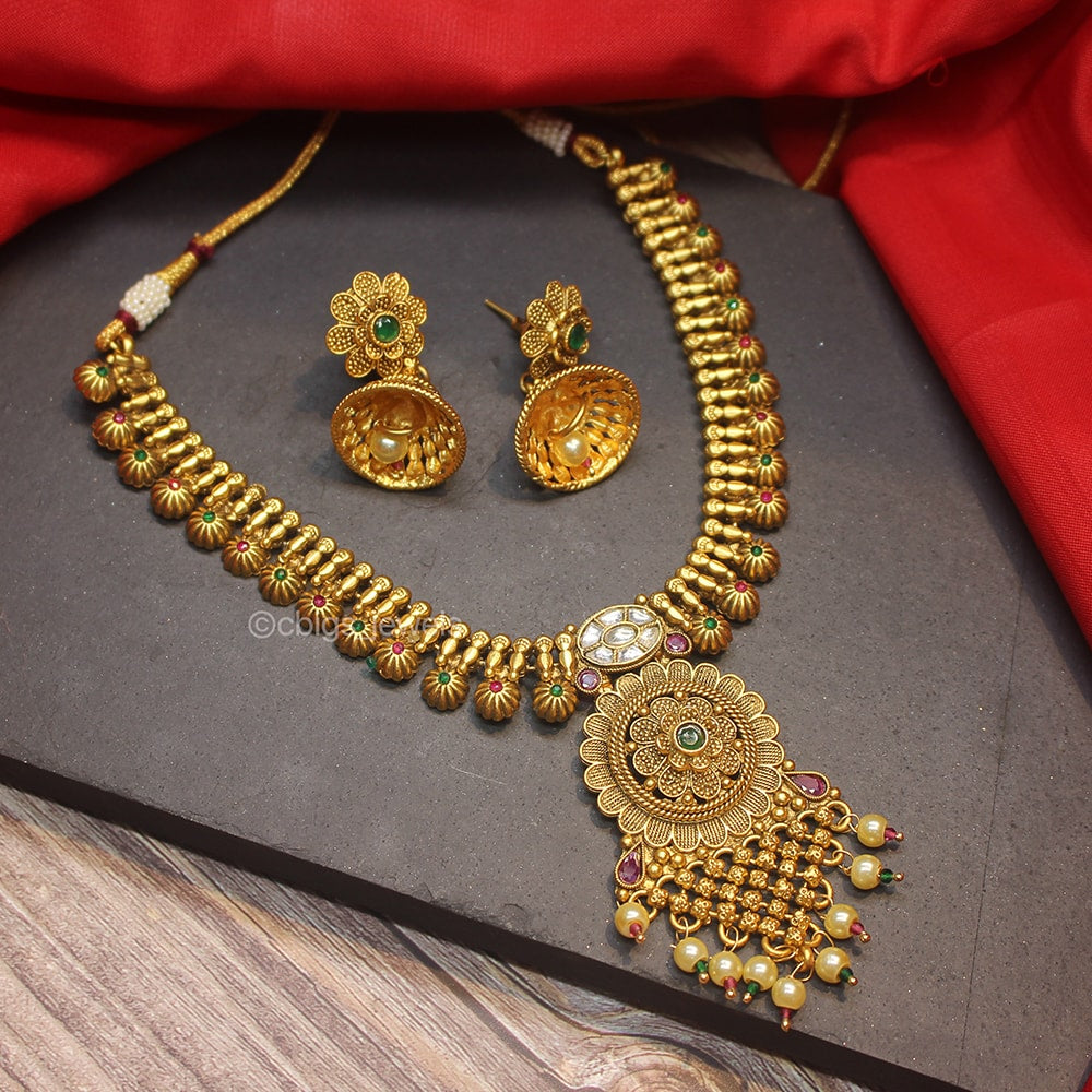Kundan Gold Polish Necklace