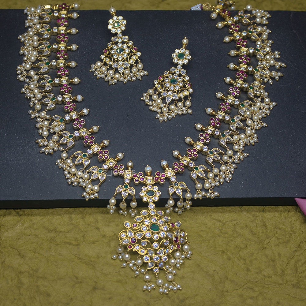 Antique 'Guttapusalu' Necklace with Zircon Stones and Pearls