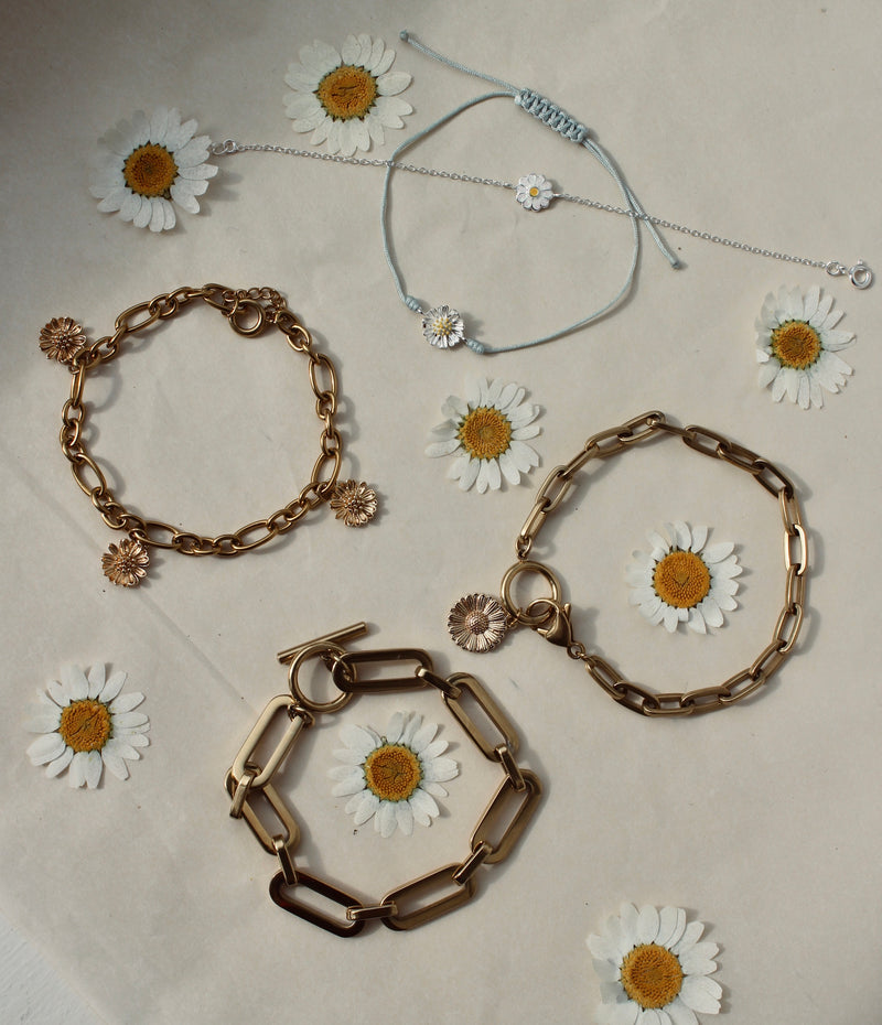 Chain bracelet one daisy