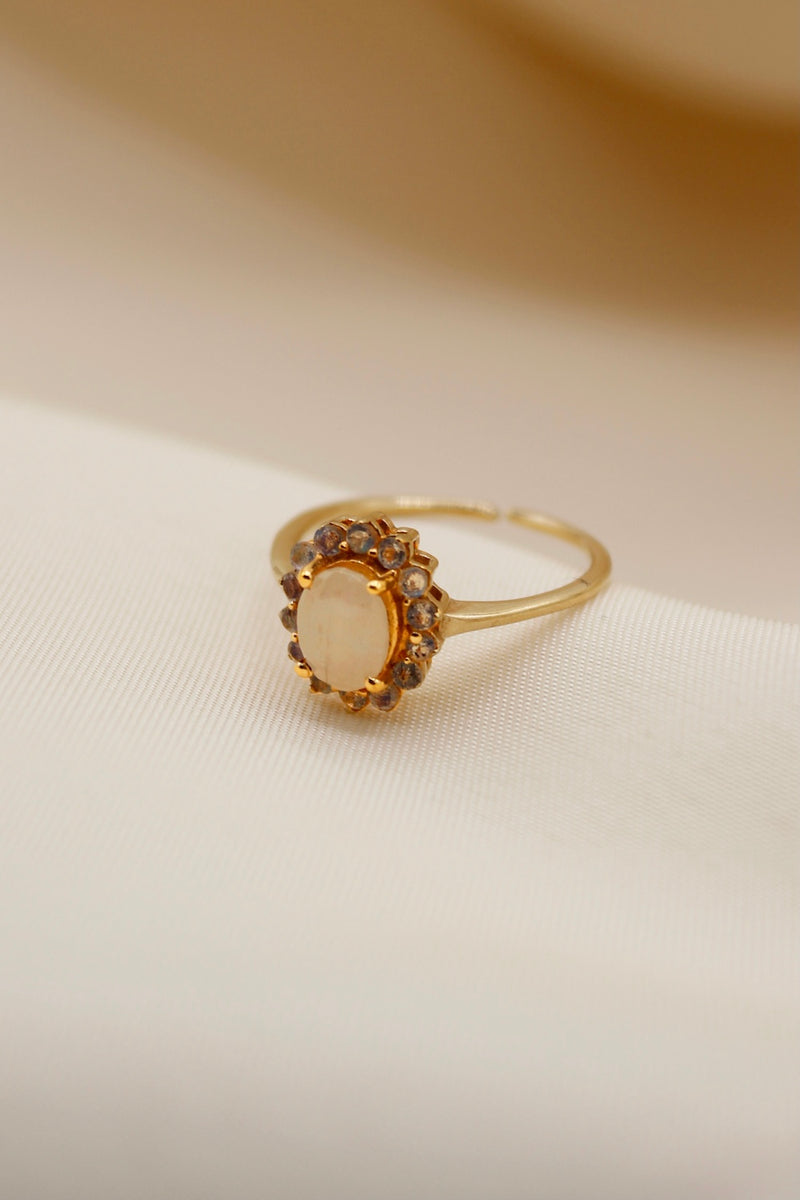 """Vintage gold"" antique ring Labradorite"