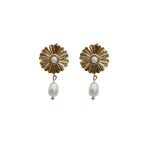 Big daisy with freshwater pearl pin pair of earrings