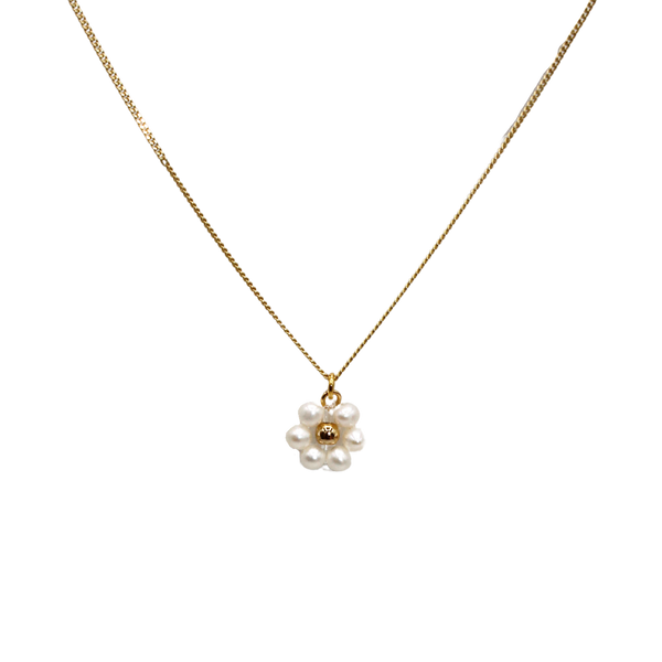 Daisy freshwater pearl necklace
