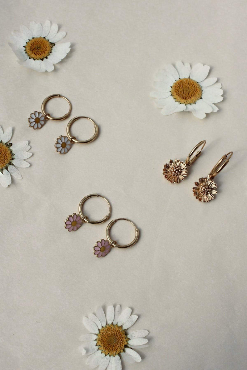 Daisy pair of earrings pink
