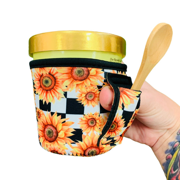 Sunflowers & Checkers Pint Size Ice Cream Handler™