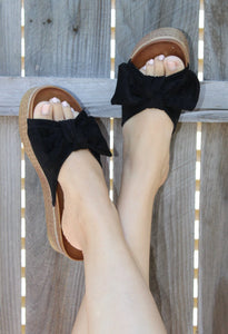 Chic Bow Sandal