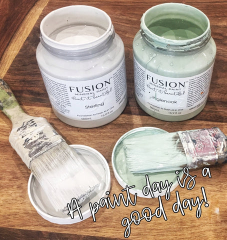 A paint day is a good day, open Fusion pots and brushes