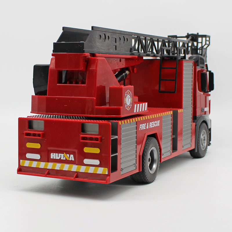 Rear of huina firetruck 1561