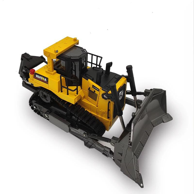 Huina 1569 Bulldozer white background