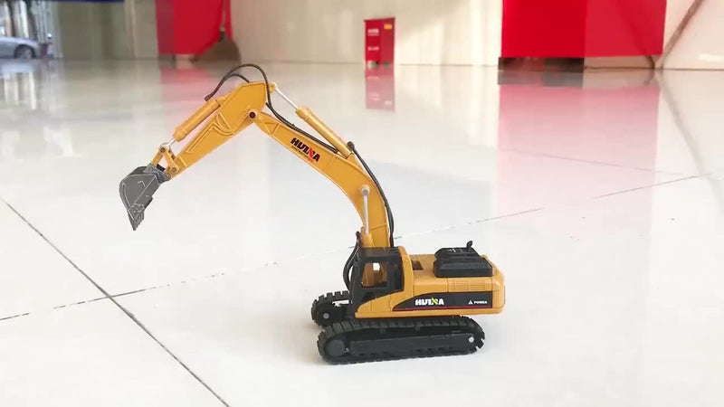 Huina 1710 1:50 Alloy Diecast Excavator on Floor