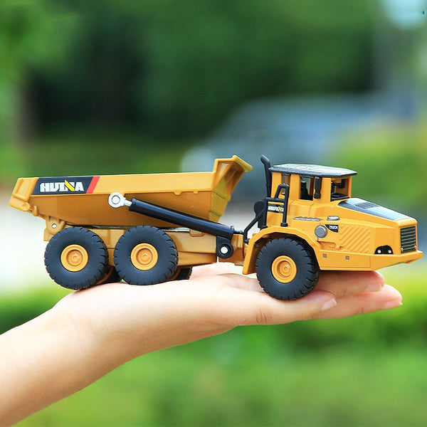 Dump truck toy size - huina model