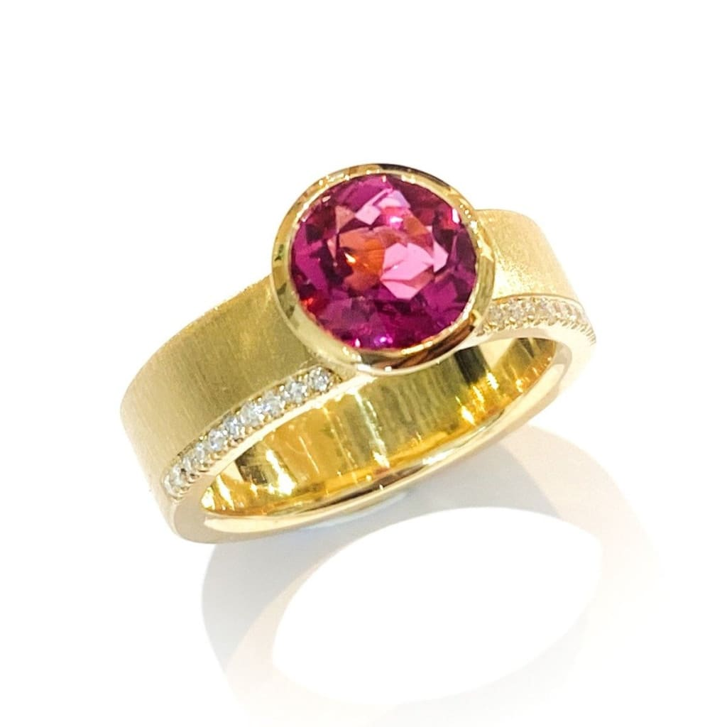 Libby Rak gold diamond and rubellite Signature ring - ring