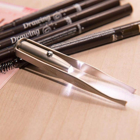 PerfectEyebrows™ Led Light Tweezers
