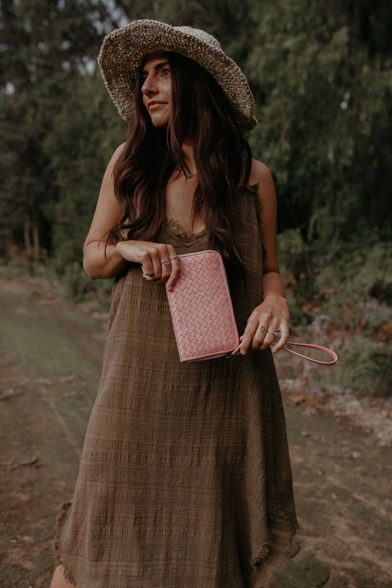 Keely-Leather-Wallet-blush