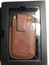 Load image into Gallery viewer, Vetta Brown Leather Phone Case