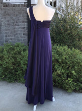 Load image into Gallery viewer, Size 6 David's Bridal Purple One-Shoulder Dress