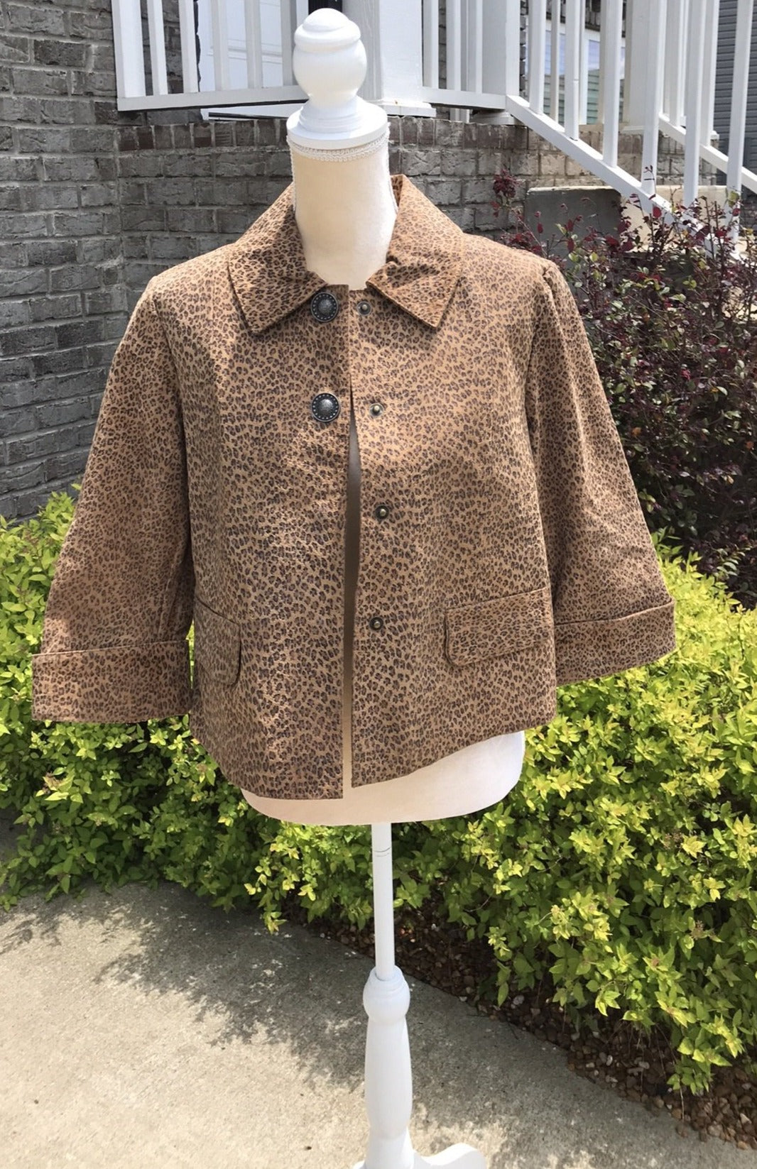 Size Small Live A Little Leather Leopard Print Jacket