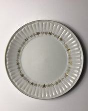 Load image into Gallery viewer, 3 Harmony House Bouffant Dinner Plates