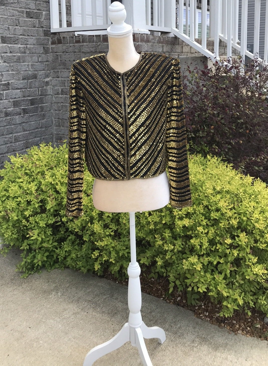 Size Small Vintage Night Vogue Black And Gold Jacket