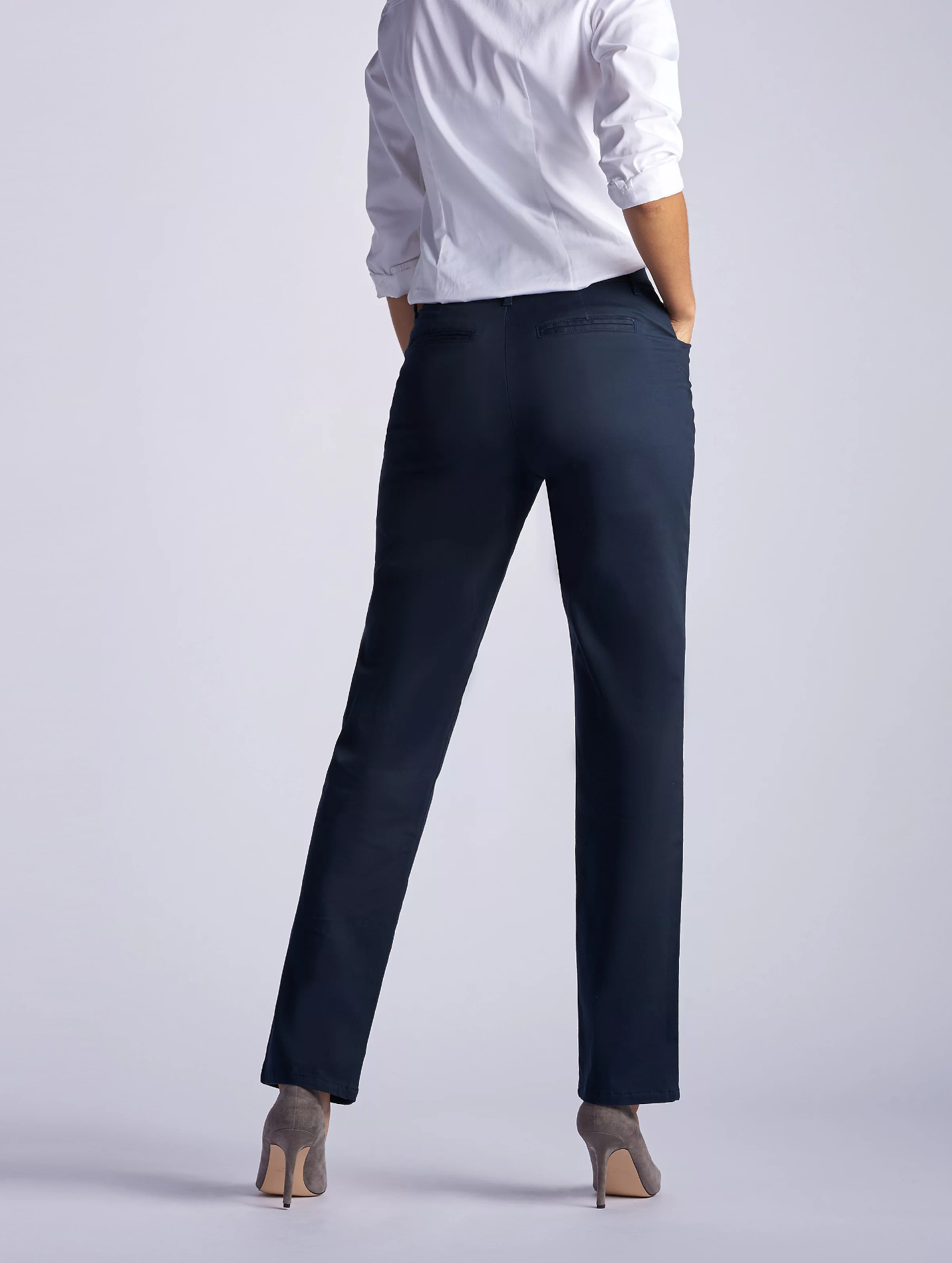 Lee® Petite Relaxed Fit Straight Leg Pants, Medium - MGworld