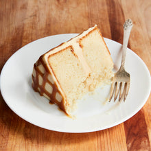 Load image into Gallery viewer, Vanilla Salted Caramel Cake
