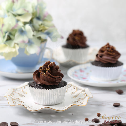 Chocolate Cupcake using Valrhona Chocolate by Phoenix Sweets