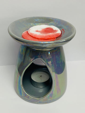 How to remove wax from your ceramic burner with cotton wool