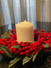 Load image into Gallery viewer, Red Berry Wreath