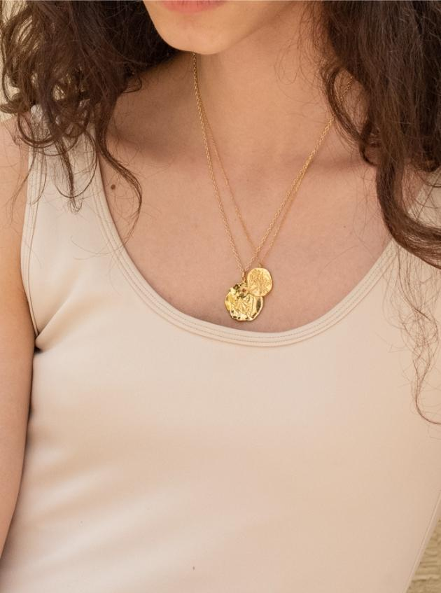 Oat Cubic Necklace (Gold)