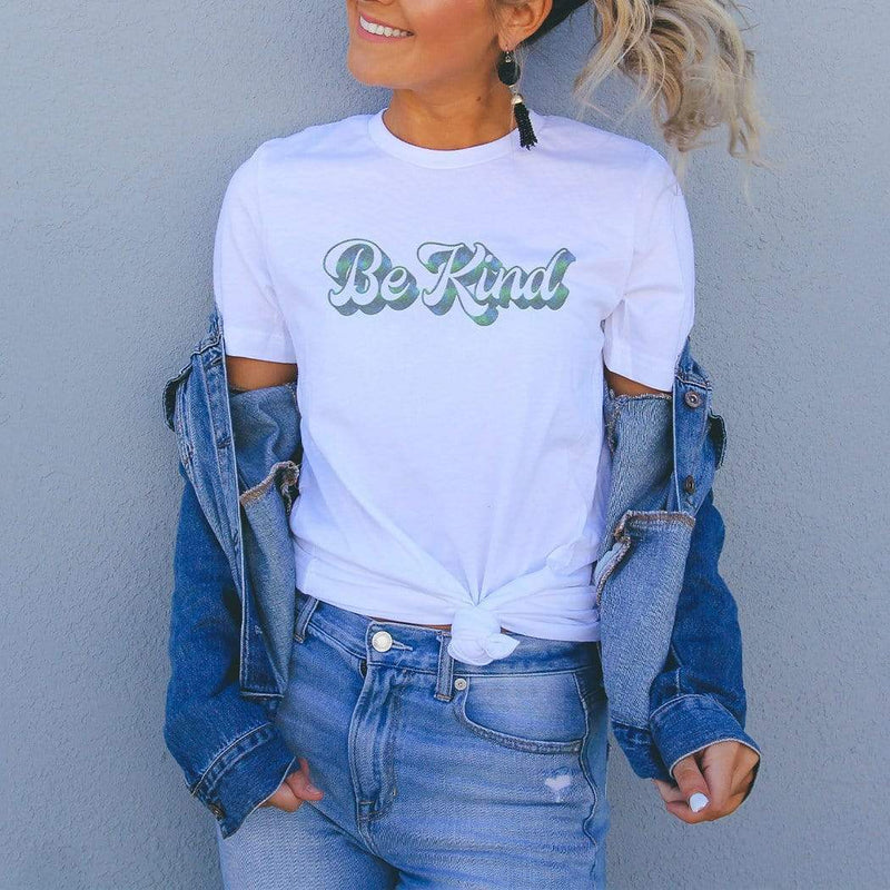 Be Kind Graphic T-Shirt - The SheEO Store