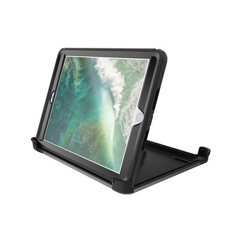 Otterbox Defender rugged case for iPad 2017/ 2018 9.7 inch (5th Gen / 6th Gen)