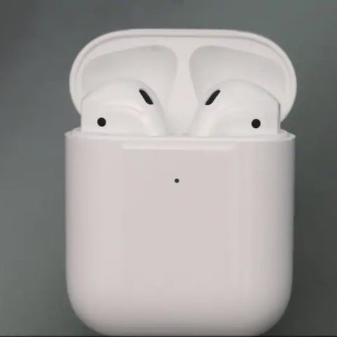 AirPods with Charging Case - high-quality audio and voice