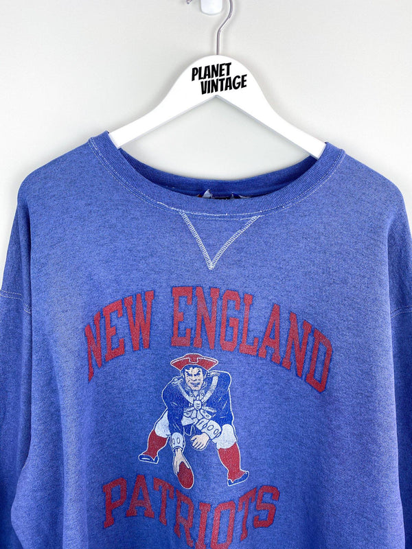 New England Patriots x Champion Sweatshirt (XL) - Planet Vintage Store