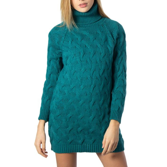 One.0  Women Knitwear