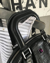 Lade das Bild in den Galerie-Viewer, MCM BAG
