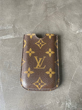 Lade das Bild in den Galerie-Viewer, LOUIS VUITTON CASE