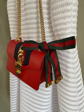 Lade das Bild in den Galerie-Viewer, GUCCI SYLVIE MINI