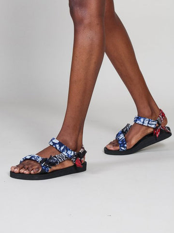 Xírena x Arizon Love Trekky Sandal