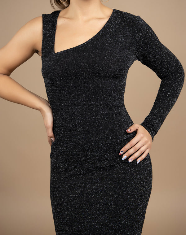 close cropped image of the model with her hands on her hips in the Mica Asymmetrical Lurex Midi Dress