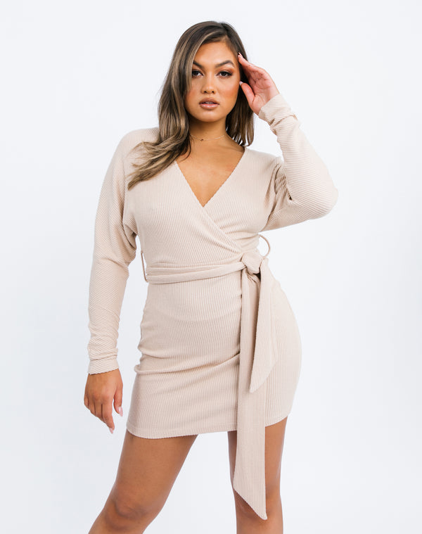 Lotta Wrap Dress in Beige fluffy rib