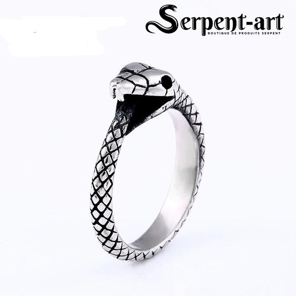 Bague serpent morsure