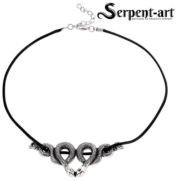Collier serpent conan